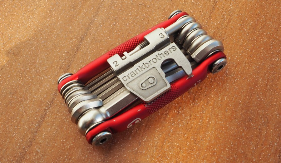 Test Multitool Crank Brothers M17